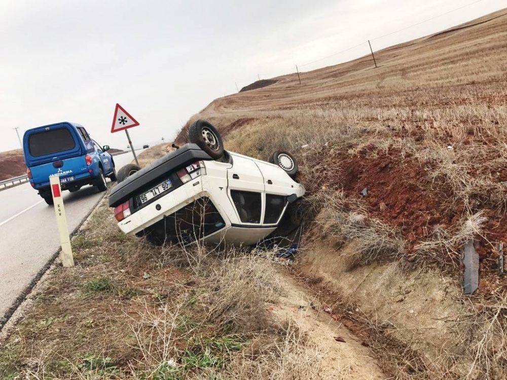 Sungurlu'da meydana gelen trafik kazasında 4'ü çocuk 6 kişi yaralandı. | Sungurlu Haber