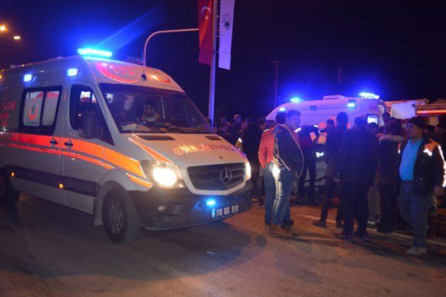 Sungurlu' da Meydana Gelen Trafik Kazasında 1' i Ağır 2 Kişi Yaralandı. | Sungurlu Haber