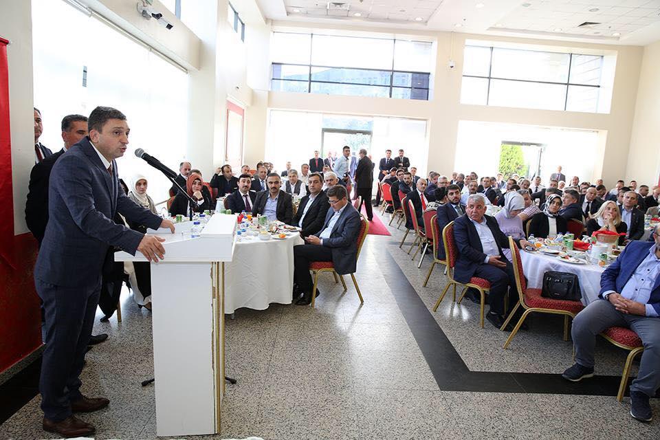 Sungurlu Belediye Başkanı Abdulkadir Şahiner Batman Valiliği'ne atanan Esenler Kaymakamı fahri hemşehrimiz Hulusi Şahin için düzenlenen veda yemeğine katıldı. | Sungurlu Haber