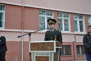 Türkiye Cumhuriyeti'nin Kurucusu Mustafa Kemal Atatürk'ün ölümünün 80. yıldönümü nedeniyle Sungurlu'da anma töreni düzenlendi. Atatürk Anıtı önünde yapılan tören bayrakların yarıya inmesi ve çelenk sunumu ile başladı. Saat 09.05'de sirenlerin çalması ile anıt önünde 2 dakikalık saygı duruşu ile devam etti.   Sungurlu Haber