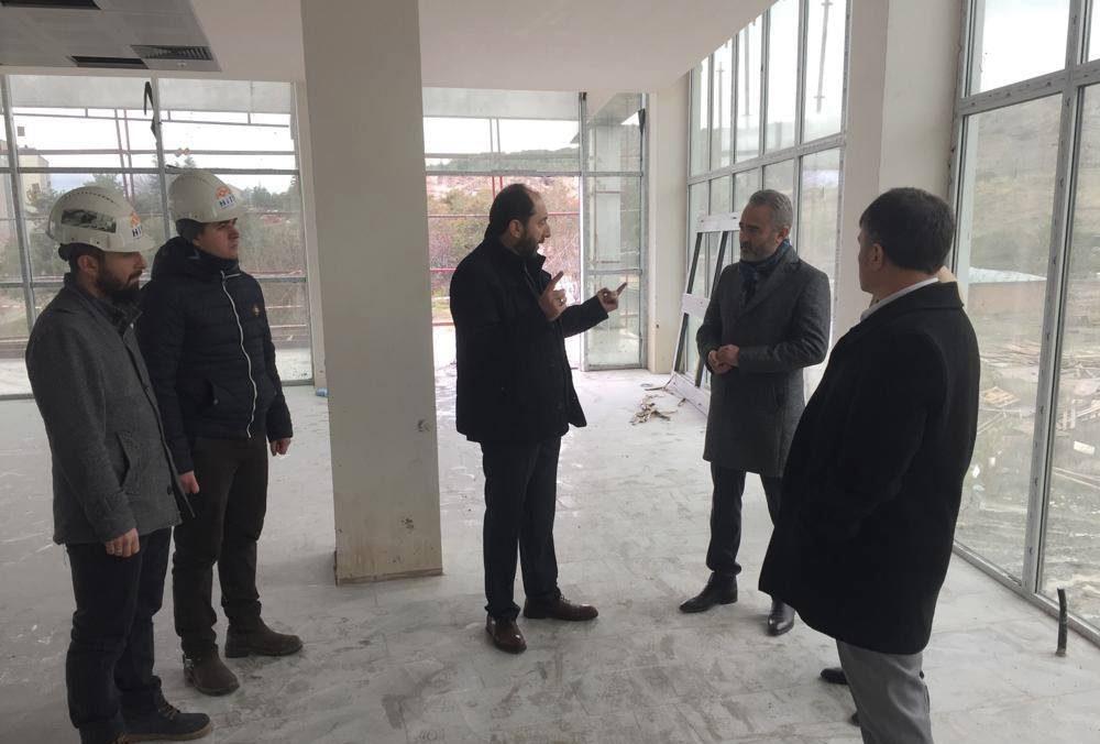 Rektör Alkan Kampüs İnşaatında İncelemelerde Bulundu | Sungurlu Haber