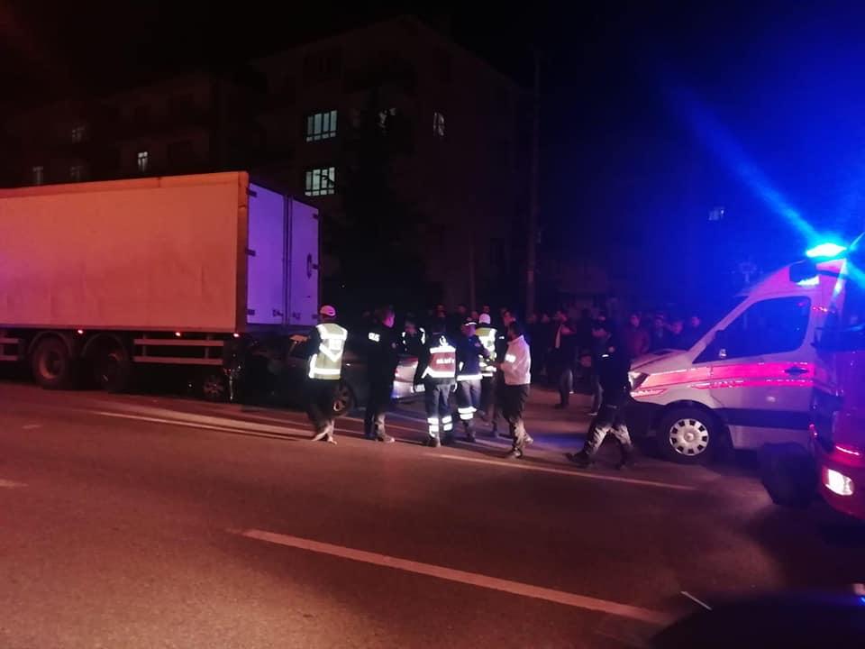 Sungurlu'da meydana gelen trafik kazasında 2'si ağır 4 kişi yaralandı. | Sungurlu Haber