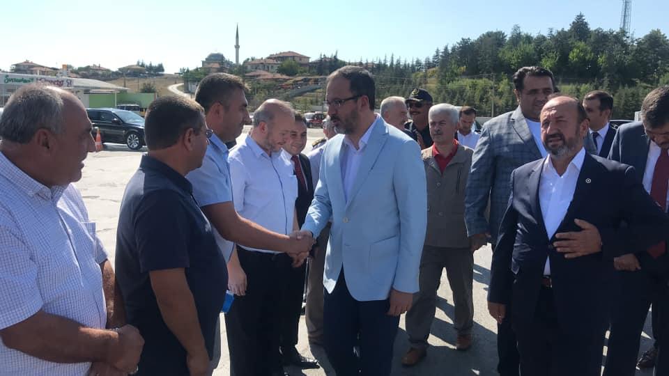 Gençlik ve Spor Bakanı Dr. Mehmet Kasapoğlu Ocaklı Tesislerinde karşılandı. | Sungurlu Haber
