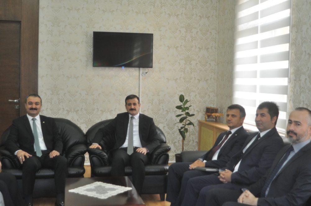 Hitit Üniversitesi Rektörü Prof. Dr. Ali Osman Öztürk, bir dizi ziyaret ve incelemelerde bulunmak üzere Sungurlu'ya geldi. | Sungurlu Haber