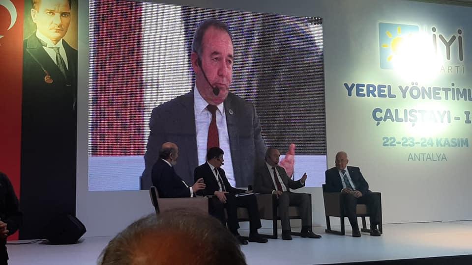 Sungurlu Belediye Başkanı Abdulkadir Şahiner, İYİ Parti'nin Antalya'nın Kemer ilçesinde düzenlenen 1. Yerel Yönetimler Çalıştayı'na katıldı. | Sungurlu Haber