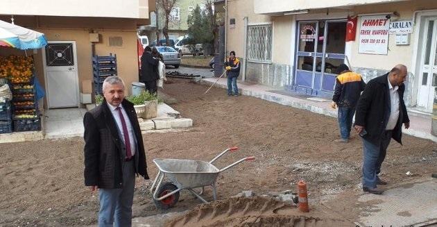 Sungurlu Belediye Başkan Yardımcısı Mükremin Dağaşan, Belediye Başkanlığı tarafından ilçemizin muhtelif yerlerinde yapılan çalışmaları yerinde inceledi. | Sungurlu Haber