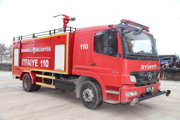 Sungurlu Belediye İtfaiye Müdürlüğü'ne bağlı ekiplerin 2019 yılında toplam 364 yangına müdahale ettiği bildirildi. | Sungurlu Haber