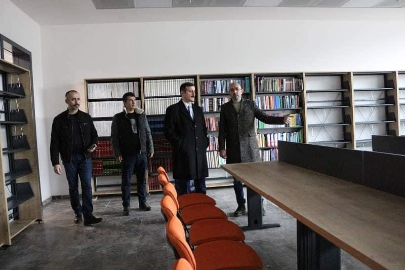 Sungurlu Kaymakamı Mitat Gözen, Hitit Üniversitesi Sungurlu Meslek Yüksek Okulu Kampüsünü inceledi. | Sungurlu Haber