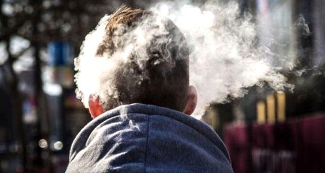 Yapılan araştırmalara göre Türkiye'de 15 yaş üstü bireylerde her gün sigara içenlerin oranı yüzde 27,3 oldu. Türkiye bu alanda birinci olan Bulgaristan'ın ardından Yunanistan ile birlikte 2'nci sırayı paylaştı. | Sungurlu Haber