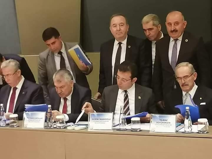 Sungurlu Belediye Başkanı Abdulkadir Şahiner, Ankara ile kardeş şehir protokolü imzaladı, partisinin 11 büyükşehir belediye başkanına ilçesinin taleplerini aktararak destek istedi. | Sungurlu Haber