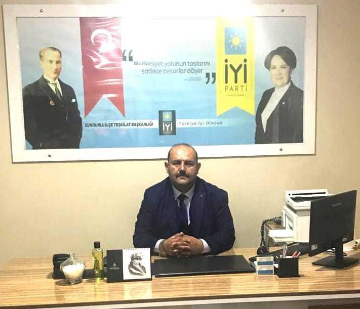 İYİ Parti Sungurlu İlçe Başkanı Dursun Kanmış, Regaip Kandili kutlama mesajı yayımladı. | Sungurlu Haber