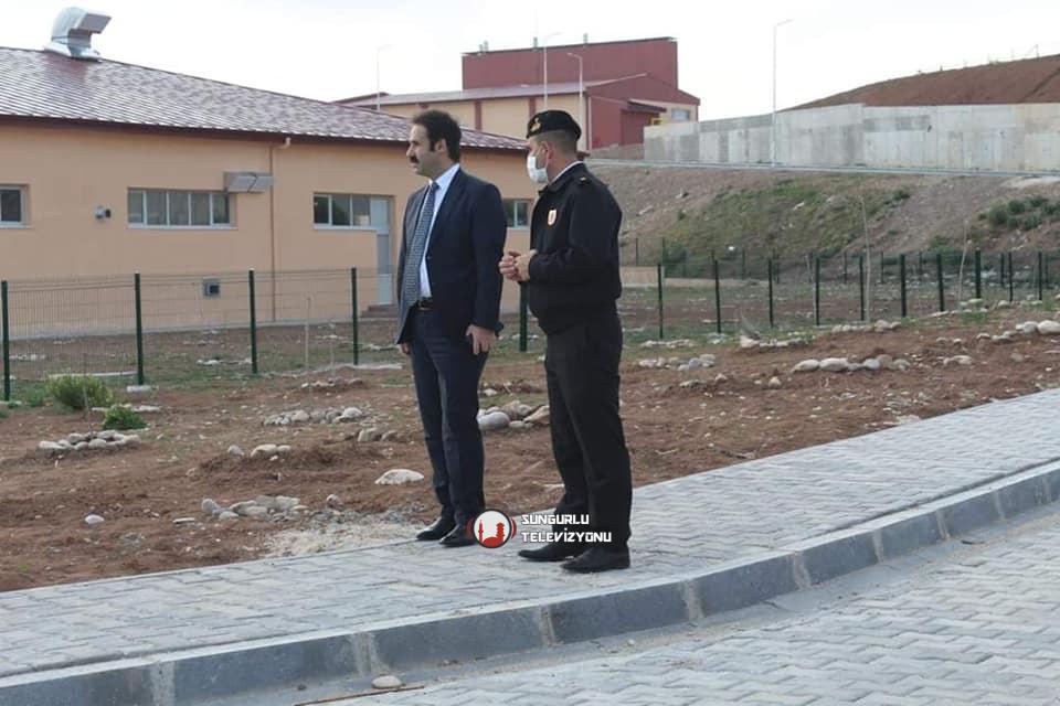 Boğazkale Kaymakamı ve Sungurlu Kaymakam vekili Yunus Araman, yeni yapılan Ceza İnfaz Kurumunda incelemelerde bulundu. | Sungurlu Haber