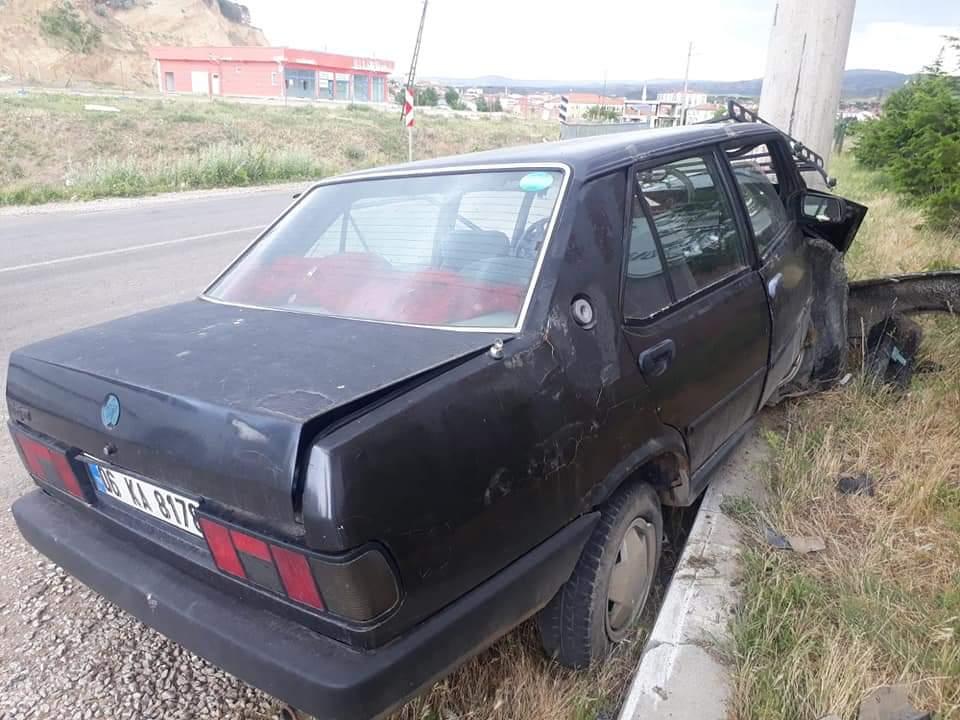 Otomobil Direğe Çarparak Durabildi : 1 Yaralı »