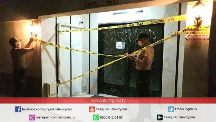 Sungurlu'da korona virüs tedbirleri kapsamında bir apartman karantinaya alındı.