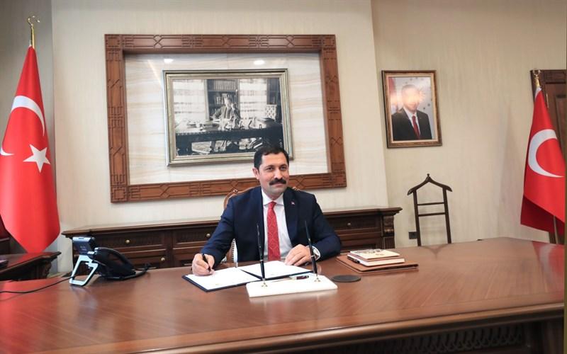 Valiler Kararnamesi ile Amasya Valiliği'ne atanan Sungurlulu hemşehrimiz Mustafa Masatlı, görevine başladı. | Sungurlu Haber