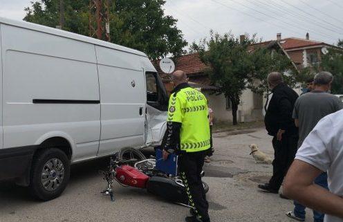 sungurlu kaza motosiklet ile minibüs çarpıştı