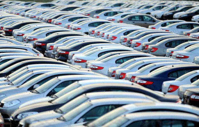 otomobil pazar fiyat hafif ticari