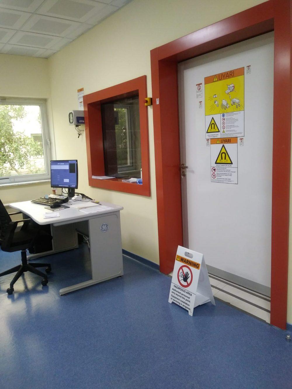 Sungurlu Devlet Hastanesi' ne bağış yapılan Manyetik Rezonans (MR) Cihazı hizmete girdi. | Sungurlu Haber