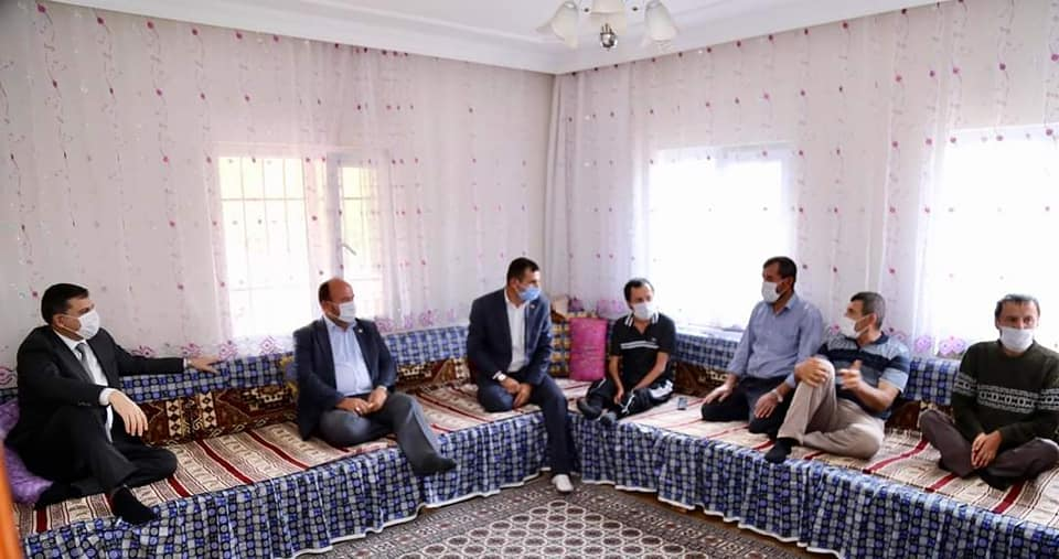 Çorum Valisi Mustafa Çiftçi ilçemize bağlı Aşağı Fındıklı Köyü' nü ve Yörüklü Jandarma Komutanlığını ziyaret ederek incelmelerde bulundu.   Sungurlu Haber