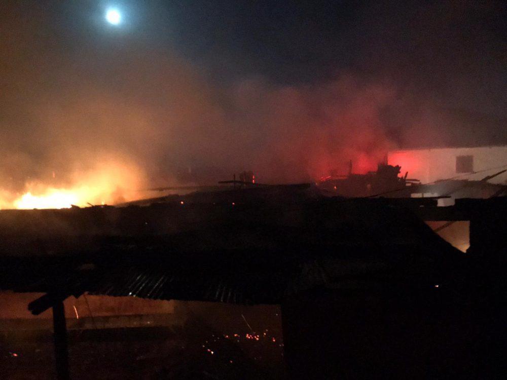 Sungurlu'da gece çıkan yangında bire ev ve ahır kül oldu. | Sungurlu Haber