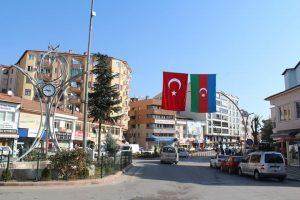 sungurlu belediye azerbaycan bayrak astı sungurlu tv haber (4)