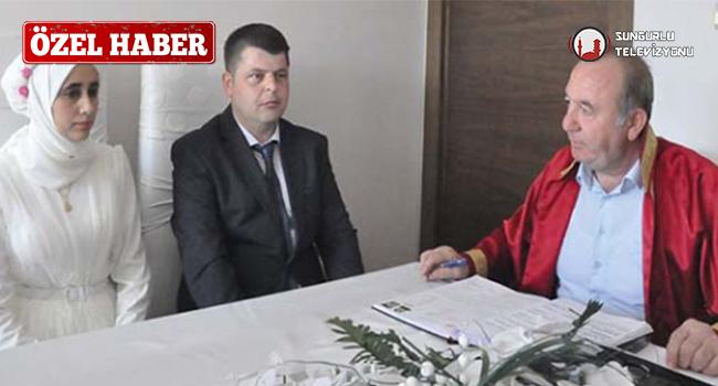 Sungurlu Belediye Başkanı Abdulkadir Şahiner, Evlendirme Memurluğuna bir yıl boyunca toplam 223 çiftin evlenmek için başvuru yaptığını açıkladı. | Sungurlu Haber