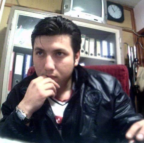 Sungurlu'da silahla intihar eden 37 yaşındaki genç (Murat K.) ağır yaralı olarak kaldırıldığı hastanede hayatını kaybetti.
