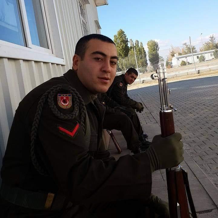 Barış Pınarı Harekat bölgesi, Suriye-Resulayn'da terör saldırısı sonucu şehit düşen askerlerden birisinin Sungurlu nüfusuna kayıtlı olduğu öğrenildi.