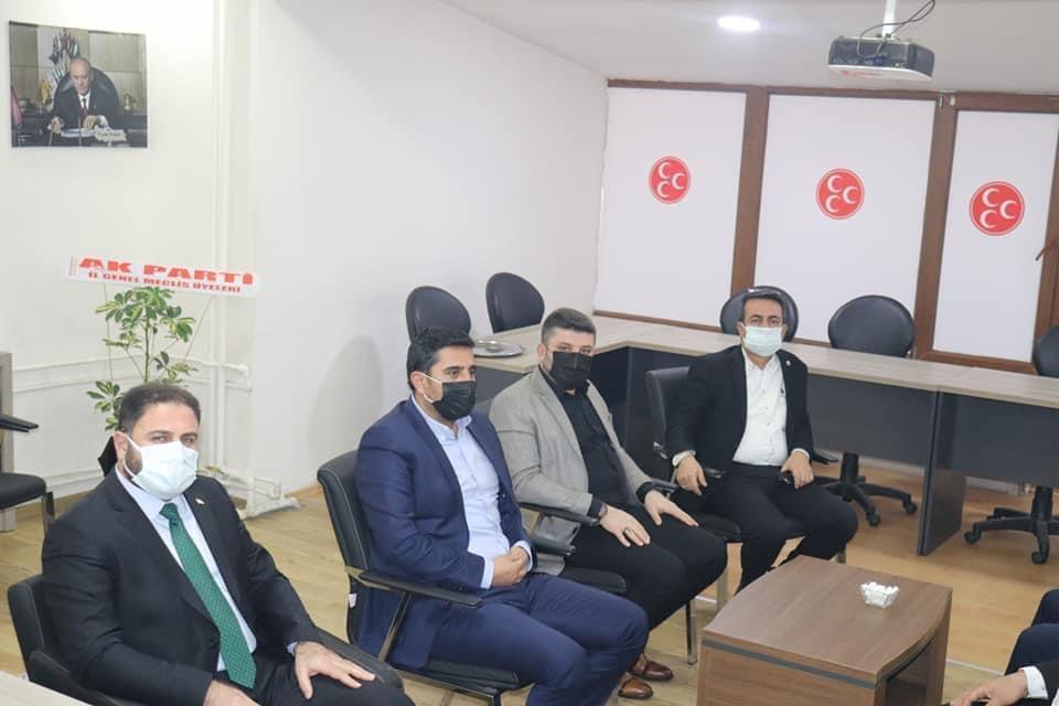 Çorum ve İlçe Ziraat Odası Başkanları, MHP Çorum İl Başkanı hemşehrimiz Agah Karapıçak'ı makamında ziyaret etti. | Sungurlu Haber