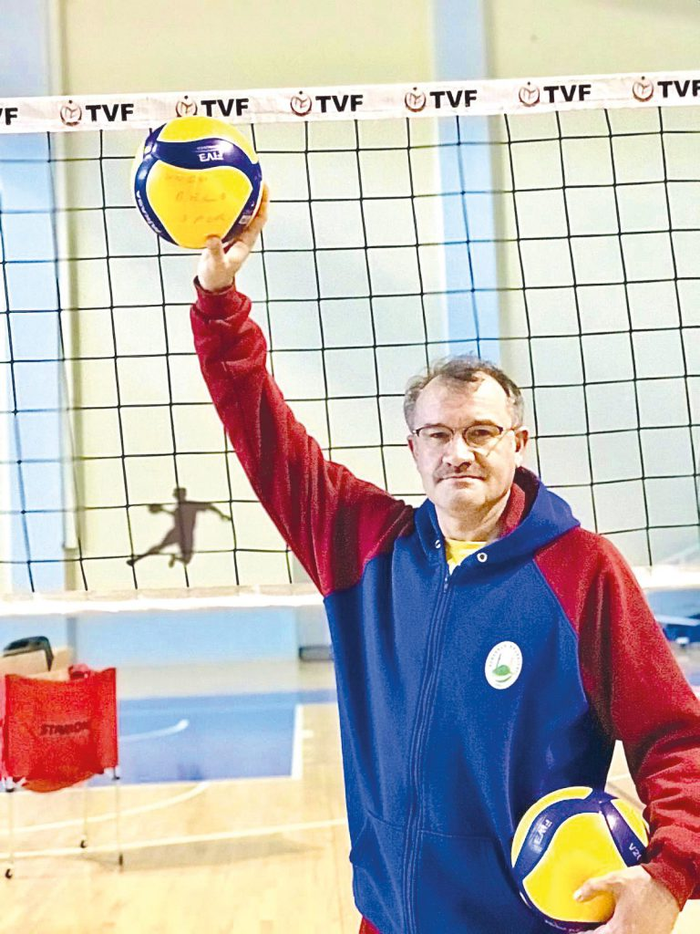 Türkiye 2.voleybol Ligi'nde 2. grupta mücadele eden Sungurlu'nun Efeleri, grup lideri Anadolu Voleybol takımı ile zorlu bir maça çıkacak. Bu maç için hafta sonu Ankara'da olacak olan Efeler pazar günü saat 15.30'da oynayacağı bu önemli maç için gerekli hazırlıklarını tamamladı. Mustafa Özdemir