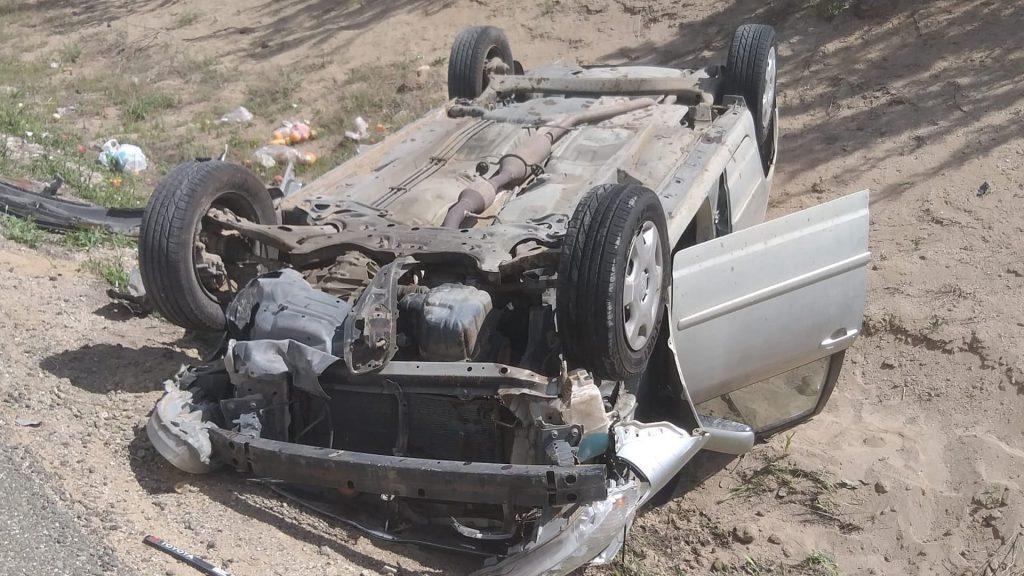 Kontrolden çıkan otomobilin su kanalına devrilmesi sonucu 1 kişi yaralandı. | Sungurlu Haber