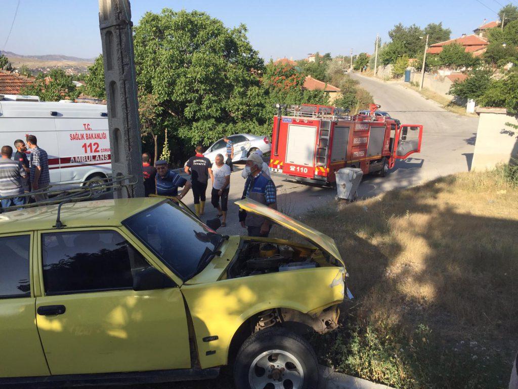 Sungurlu'da meydana gelen trafik kazasında 2 kişi yaralandı.Edinilen bilgilere göre kaza Yenihayat Mahallesi'nde meydana geldi. | Sungurlu Haber