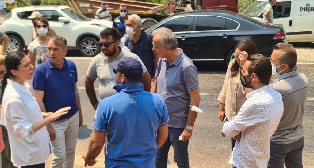 AK Parti Çorum Milletveki ve MKYK Üyesi Ahmet Sami Ceylan, yangın felaketinin yaşandığı Muğla Marmaris ve Bodrum ilçelerine gitti. | Sungurlu Haber