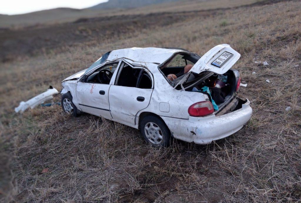 Sungurlu'da meydana gelen trafik kazasında 2'si ağır 5 kişi yaralandı. Edinilen bilgilere göre kaza sabah saatlerinde Sungurlu-Boğazkale karayolunda meydana geldi.   Sungurlu Haber