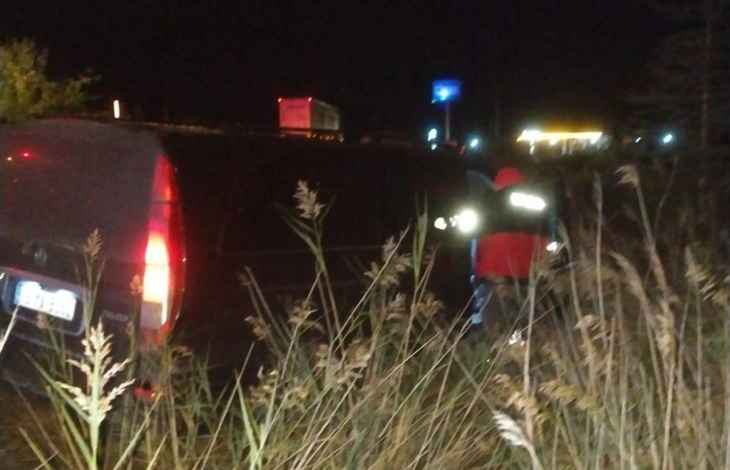 Sungurlu'da meydana gelen trafik kazasında 3 kişi yaralandı. Edinilen bilgilere göre kaza Sungurlu-Kırıkkale karayolunun 18. kilometresinde meydana geldi. Sungurlu'dan Ankara istikametine seyir halinde olan minibüs ile otomobil çarpıştı. | Sungurlu Haber